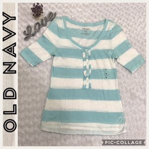 🆕Old Navy - White/Blue Striped - T-shirt - M